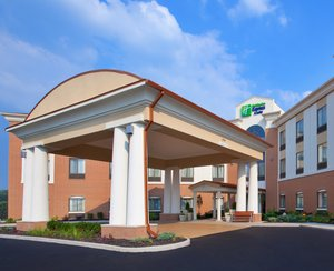 Exterior view - Holiday Inn Express Hotel & Suites South Akron