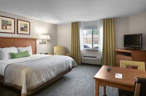 Room - Candlewood Suites Airport Savannah