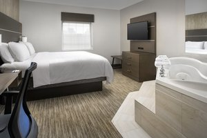 Room - Holiday Inn Express Hotel & Suites Annapolis