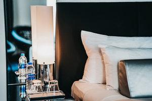 Room - W Hotel Minneapolis the Foshay