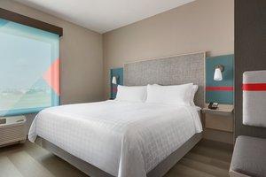 Room - Avid Hotel South Medical District Tulsa