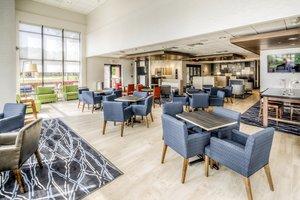 Restaurant - Holiday Inn Express Hotel & Suites West Cleveland Westlake
