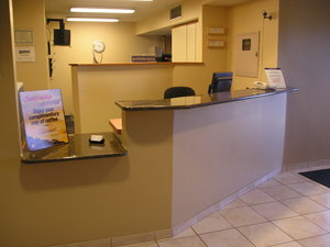 Lobby - Candlewood Suites Rockford