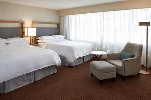 Room - Sheraton Hotel Ottawa