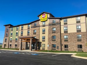 Exterior view - My Place Hotel Kalispell