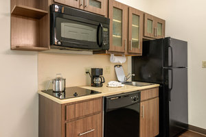 Room - Candlewood Suites Fort Myers