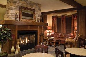 Lobby - Club Wyndham Glacier Canyon Resort Baraboo