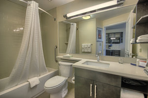 Room - Candlewood Suites Grove City