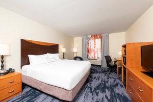 Room - Fairfield Inn by Marriott Okemos