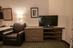 - Candlewood Suites West Springfield
