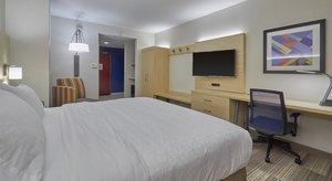 Room - Holiday Inn Express Kruse Way Springfield