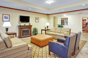 Lobby - Candlewood Suites Fayetteville