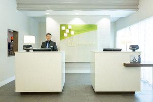 Lobby - Holiday Inn Airport Doral