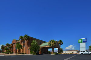 Exterior view - Holiday Inn Express Nellis AFB Las Vegas