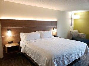 Room - Holiday Inn Express Edgewood