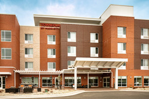 Exterior view - TownePlace Suites by Marriott Dubuque
