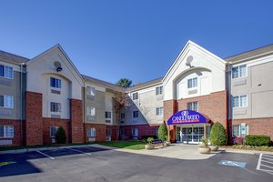 Exterior view - Candlewood Suites Crabtree Raleigh