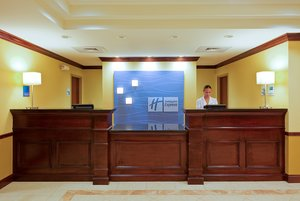 Lobby - Holiday Inn Express Hotel & Suites Pensacola