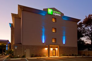 Exterior view - Holiday Inn Express Hotel & Suites Pensacola