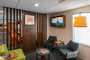 Lobby - Holiday Inn Express Hotel & Suites Peoria