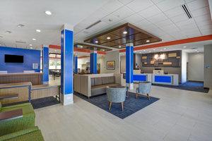 Lobby - Holiday Inn Express Hotel & Suites Boardwalk Area Seabrook