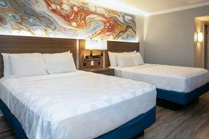 Room - Holiday Inn Executive Center Columbia