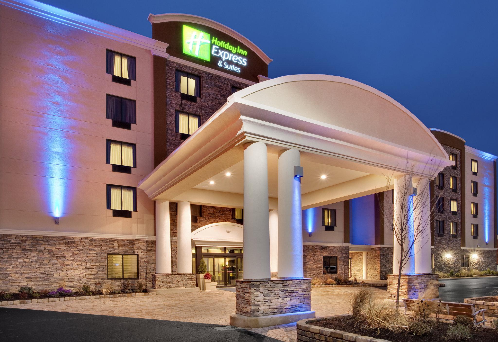 Holiday Inn Exp Stes Williamsp