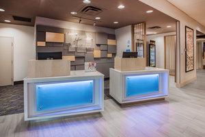 Lobby - Holiday Inn Express Hotel & Suites Beachfront Galveston
