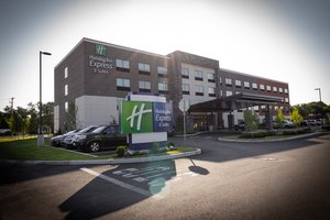 Exterior view - Holiday Inn Express Hotel & Suites Randolph