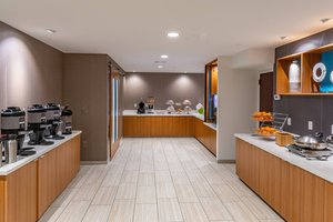 Restaurant - SpringHill Suites by Marriott Anchorage