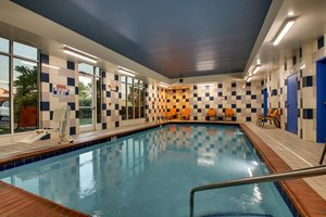Pool - Holiday Inn Express Georgetown