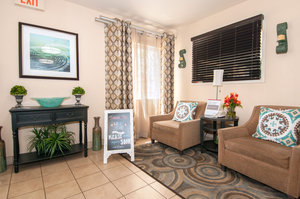 Lobby - Candlewood Suites Garden Grove