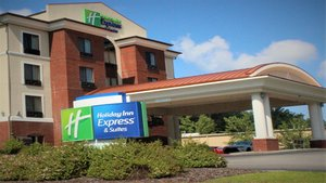 Exterior view - Holiday Inn Express Hotel & Suites Rockingham