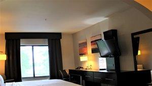 Room - Holiday Inn Express Hotel & Suites Rockingham