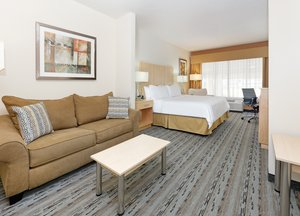 Suite - Holiday Inn Express Hotel & Suites Military Drive San Antonio