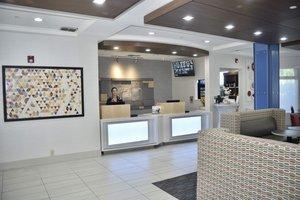 Lobby - Holiday Inn Express Windsor