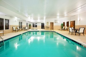 Pool - Holiday Inn Express Hotel & Suites Mattoon