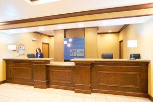 Lobby - Holiday Inn Express Hotel & Suites Mattoon