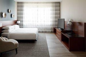 Suite - Marriott Montreal Airport Hotel Montreal