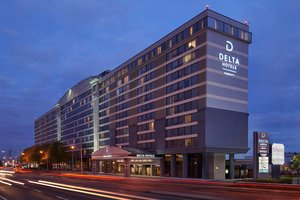 Exterior view - Delta Hotel by Marriott Airport Toronto