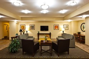 Lobby - Candlewood Suites Tallahassee