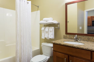 Room - Candlewood Suites Tallahassee