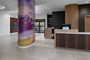 Lobby - Courtyard by Marriott Hotel Downtown Edmonton
