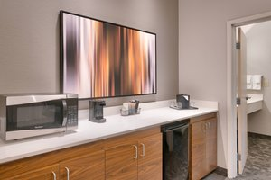Suite - Courtyard by Marriott Hotel NW Expy Oklahoma City