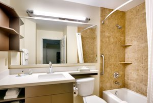 - Candlewood Suites Downtown Plano