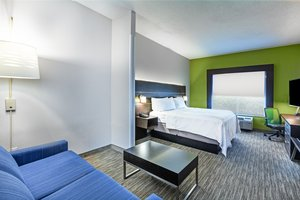 Suite - Holiday Inn Express New Orleans East