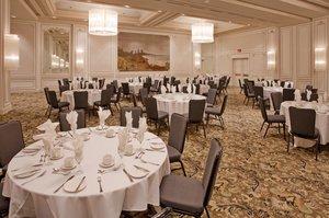 Ballroom - Crowne Plaza Hotel Gatineau