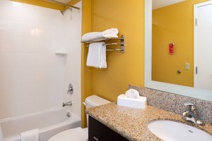 - TownePlace Suites by Marriott Bakersfield