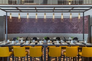 Restaurant - Renaissance Concourse Hotel Atlanta