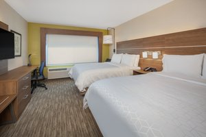 Room - Holiday Inn Express Hotel & Suites Chico
